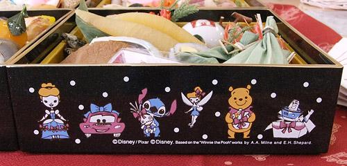 ディズニー おせち 2014年 重箱の側面2